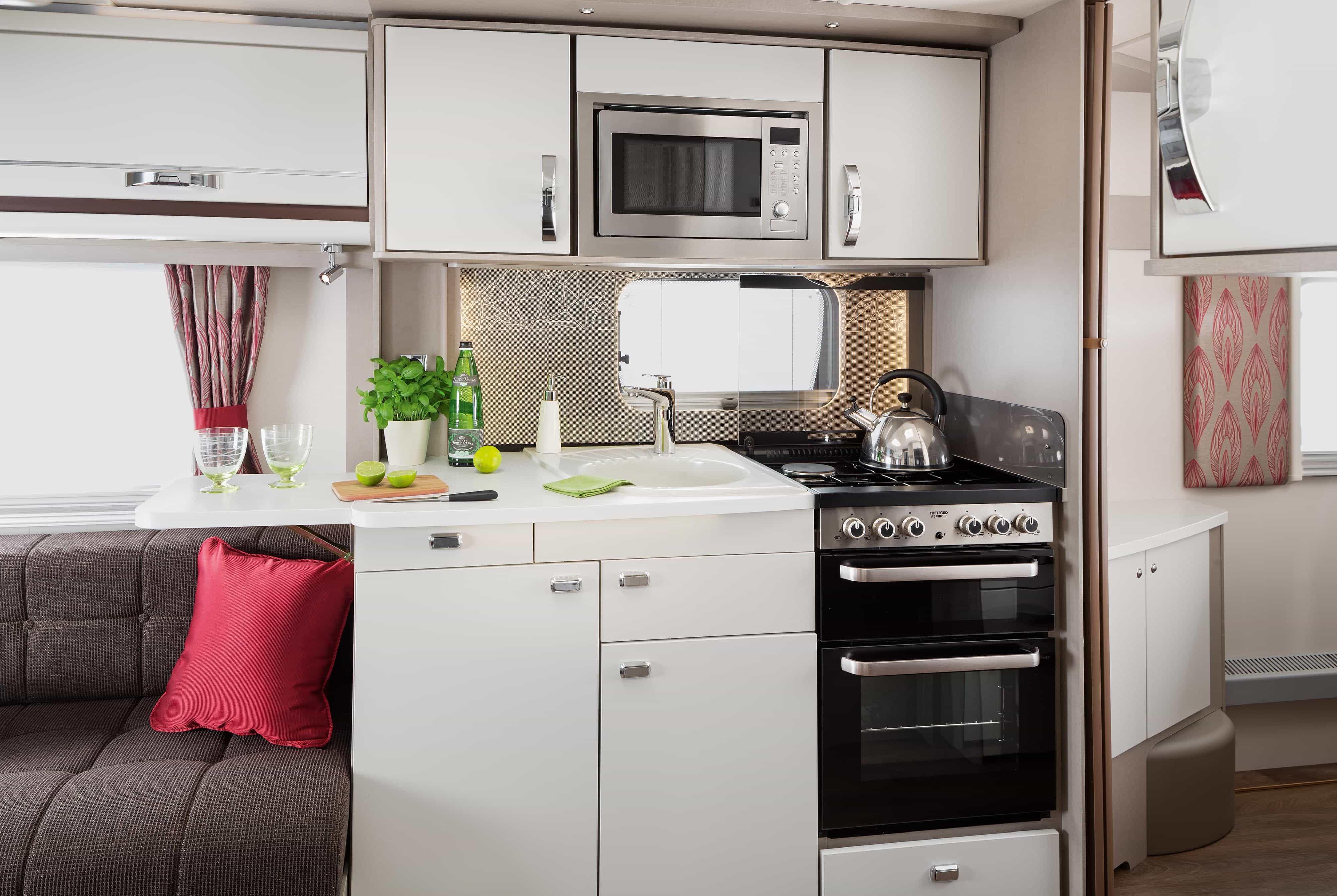Kitchen Se SCHULLER GALA EX DISPLAY TRUFFLE KITCHEN WITH BREAKFAST ...